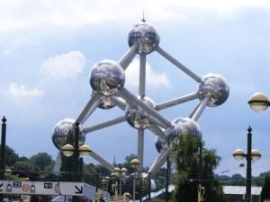 Atomium... grande y bonito :D