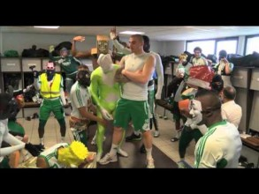 Les joueuers de l'AS Saint-Étienne en mode Harlem shake