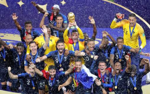 Franck Ribéry adresse un message à l'équipe de France championne du Monde !