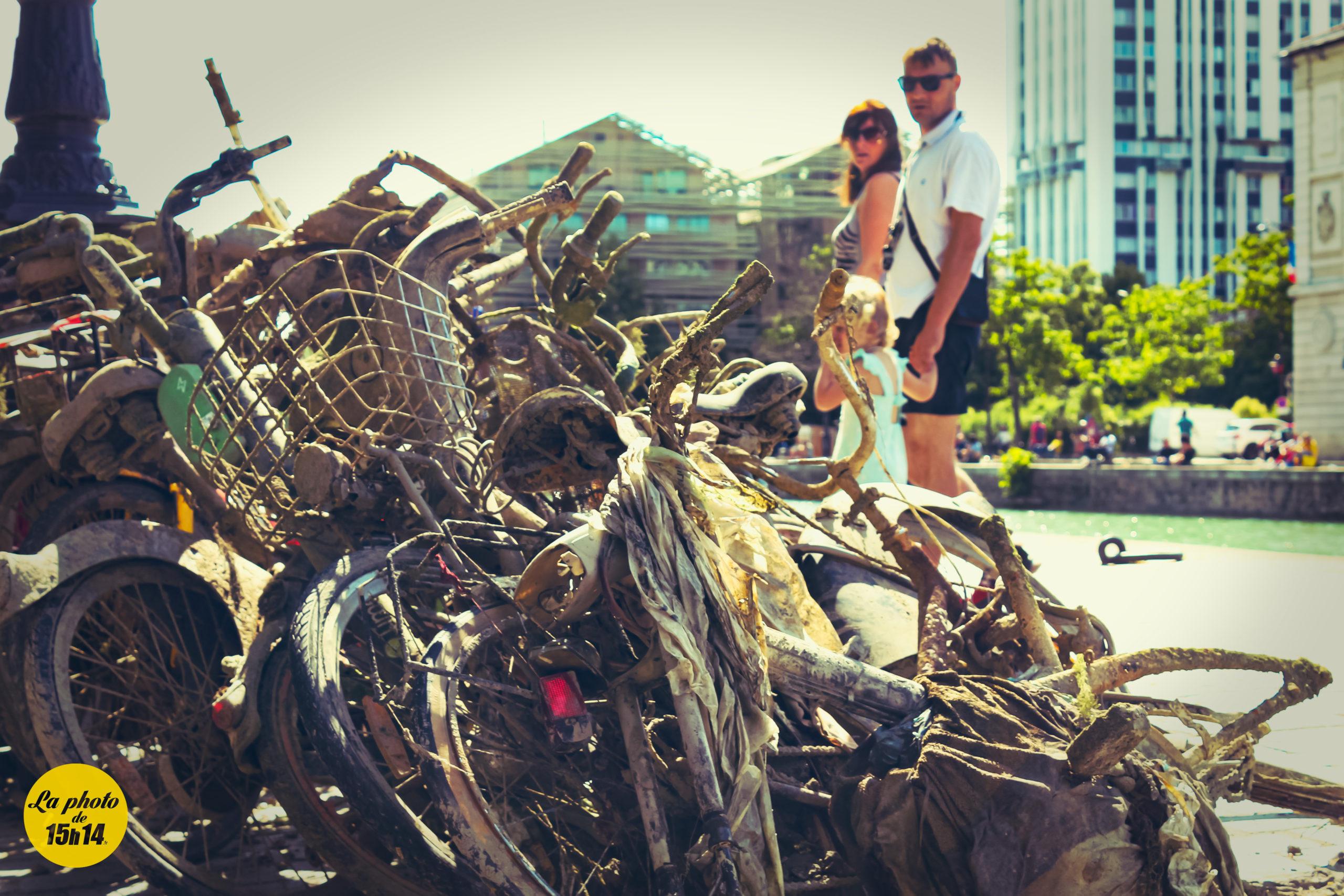 Bike Trash, Canal de l'Ourcq, Paris  #Photo #15h14
