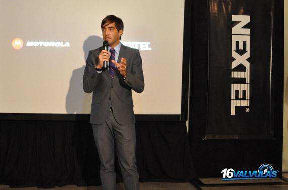 Nextel Argentina y Motorola Mobility presentan el equipo i897 TM Ferrari