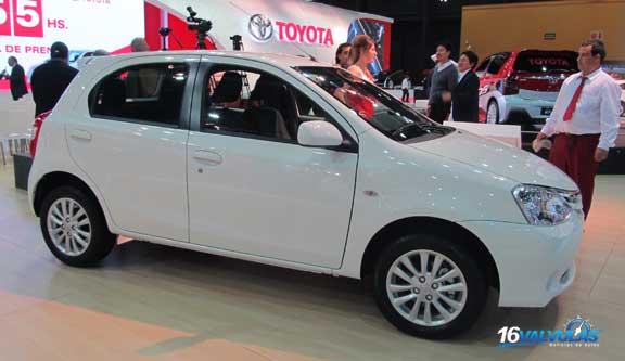Toyota-Etios-4