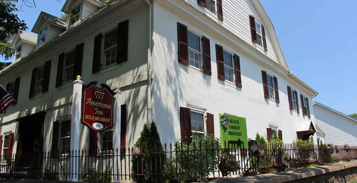 1777 Americana Inn Bed & Breakfast (with Brewery), Ephrata PA