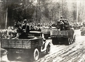 The victorious Red Army marching towards Grodno. Semptember, 1939.