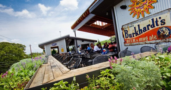 Settle on to Six Feet Under's rooftop for oysters, bar snacks, cocktails, beer and beautiful views.