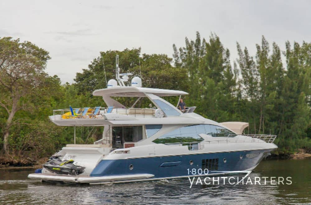 SKYE Yacht Charter 1 800 Yacht Charters