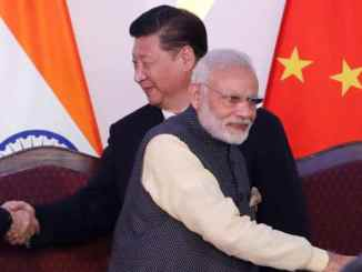 Indian Prime Minister Narendra Modi, front and Chinese President Xi Jinping