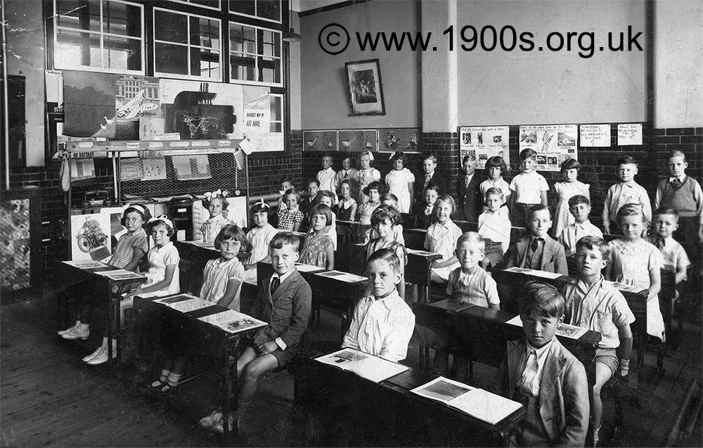 Victorian classroom picture