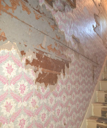 How to remove thick wallpaper from shiplap