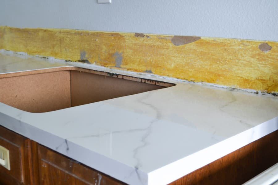 A close up of a fake marble countertop