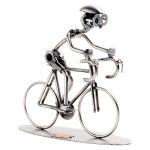 Zu Weihnachten: Schraubenmännchen Rennradfahrer ein prima Geschenk