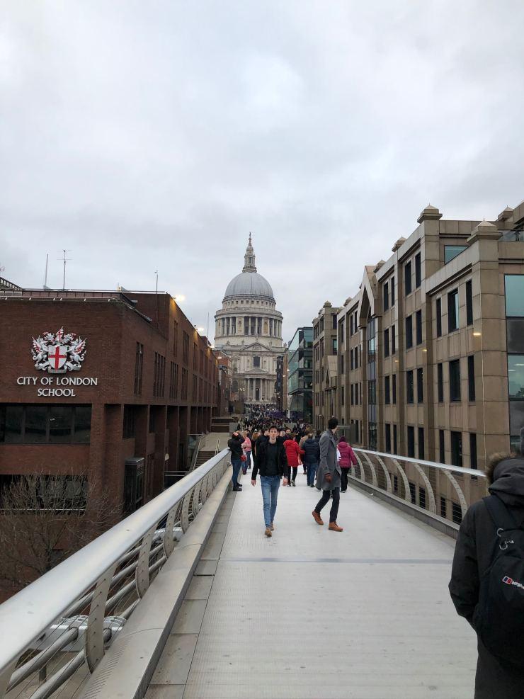 Pont du Millenium et St Paul