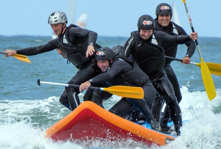 wave-rafting-sur-les-vagues-du-pays-basque