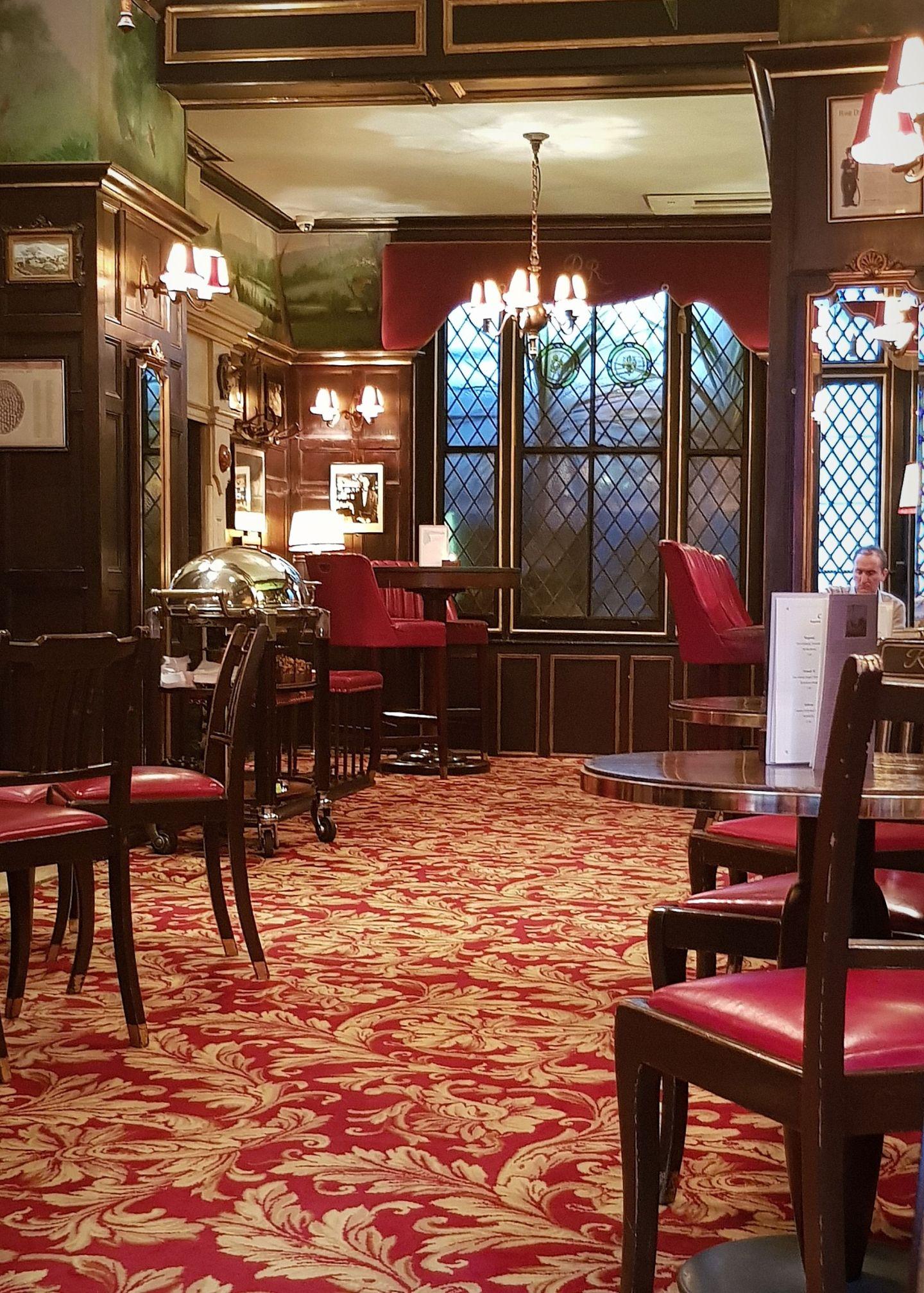 Rules Restaurant London upstairs bar is a hidden gem