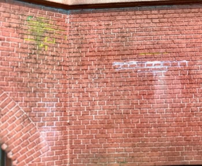 Ausblühungen an Ziegelmauern