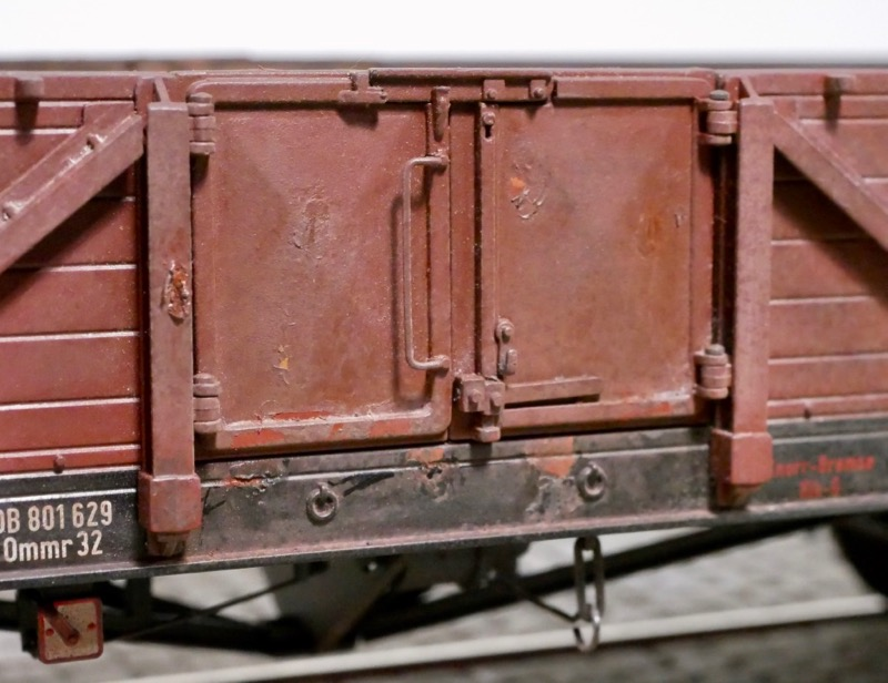 Rost an Güterwagentür