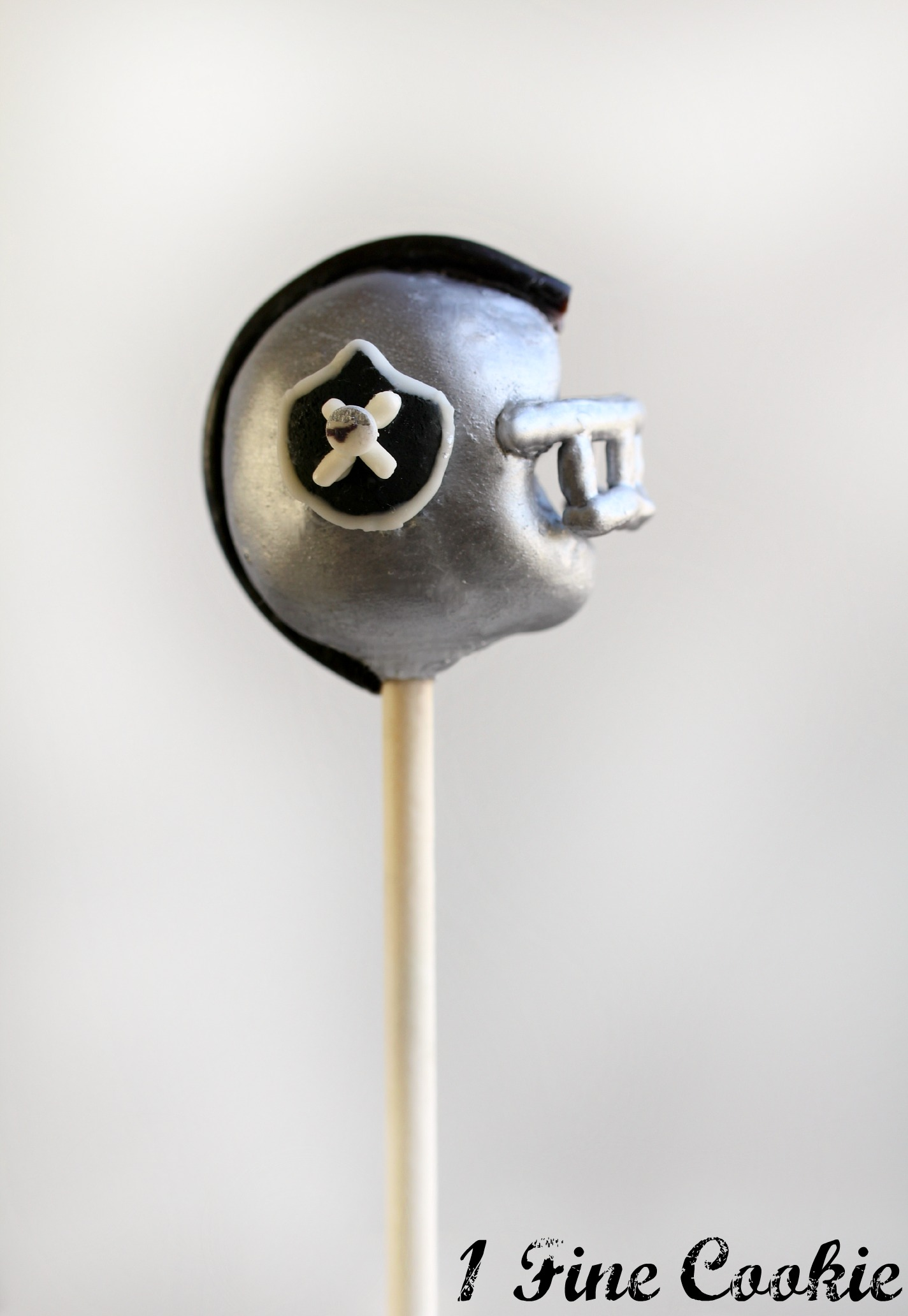 Football Helmet Cake Pops That S 32 One For Every