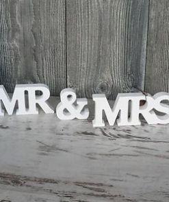 svadobna dekoracia mr and mrs