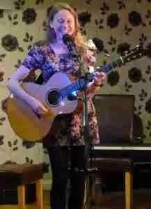 Live Acoustic Special - Louise Jordan