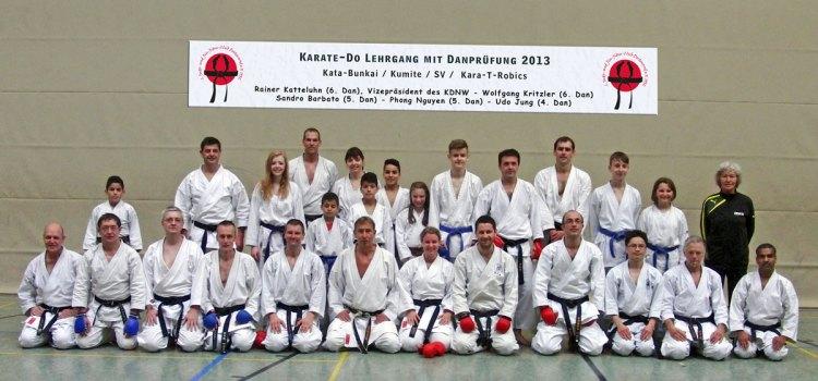 Karate-Do Lehrgang mit Dan-Prüfung 2013