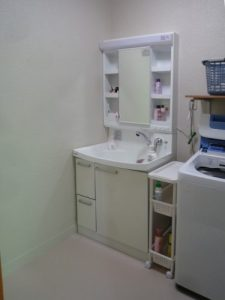 新しい洗面化粧台
