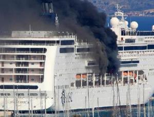Yolcu gemisinde yangın çıktı