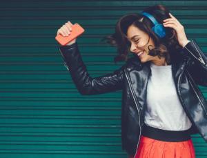 Türkçe pop müzikte tüm zamanların en çok dinlenen sanatçı ve şarkıları açıklandı