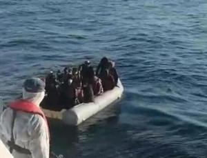 Yunanistan'ın ölüme terk ettiği göçmenler kurtarıldı