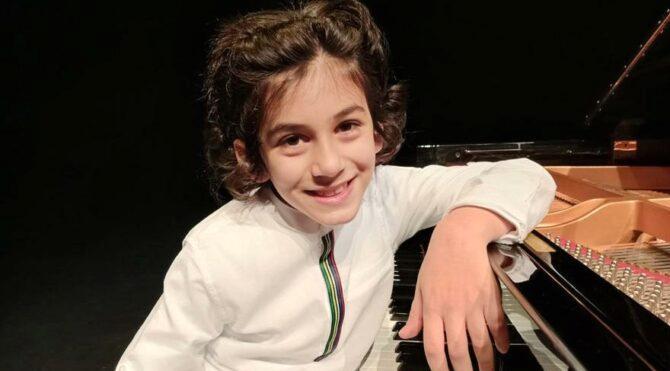4 yaşında piyano çaldı 7 yaşında ödül aldı