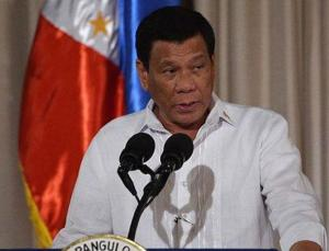 Açıklamalarıyla tepki çeken Filipinler Devlet Başkanı, Çin'den aşılarını geri almasını istedi