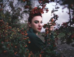 Ceylan Ertem'den yeni şarkı: Sis