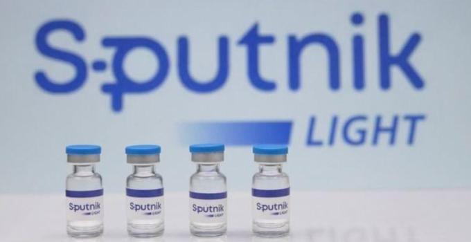 Putin: Sputnik aşısı Kalaşnikof gibi güvenilir
