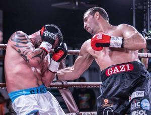 Fırat Arslan, WBA Dünya Kıtalararası boks şampiyonu oldu
