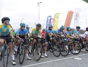 Kadın sporcular, 107 kilometre pedal çevirdi