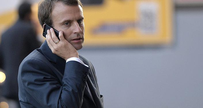 Macron, casus yazılım nedeniyle cep telefonunu ve hattını değiştirdi
