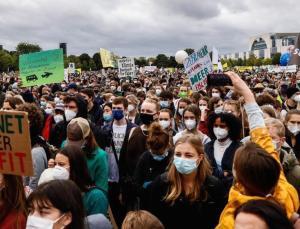 almanya'da genel seçimler öncesinde iklim protestoları