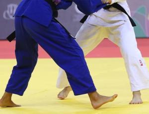 i̇srailli rakibiyle eşleşmemek için tokyo 2020'den çekilen judocu nourine, 10 yıl men cezası