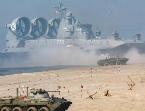 rusya'dan ab'ye gözdağı: gövde gösterisi yaptılar