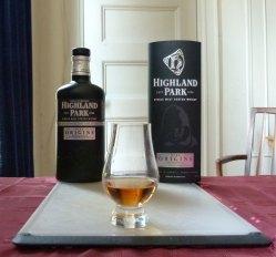 Highland Park Dark Origins review 1mansmalt.com