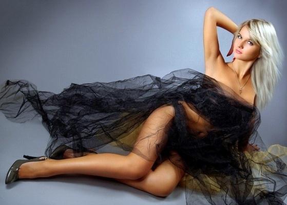 Hailey Duff Bikini