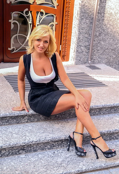 40 year old Russian and Ukrainian women - HOT RUSSIAN BRIDES