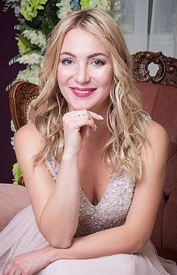 calm Ukrainian female from city Dnipro Ukraine
