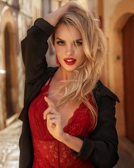 exclusive Russian lady from city Moscow Russia
