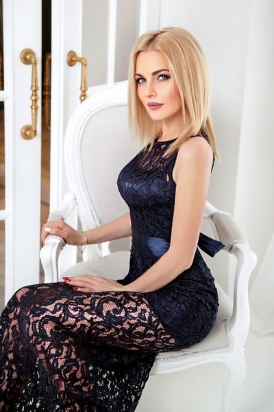 exquisite Ukrainian woman from city Kiev Ukraine