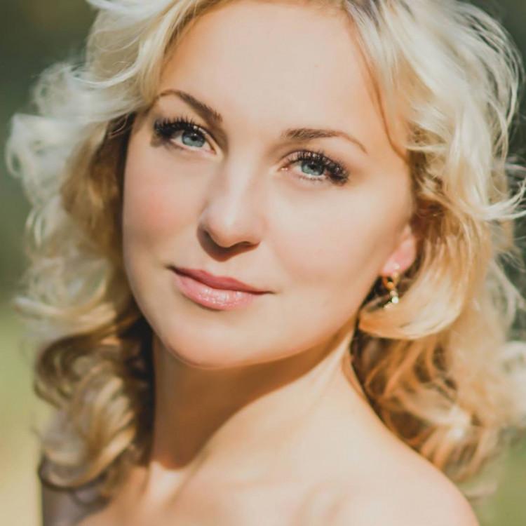 mature Ukrainian womanhood from city Sumy Ukraine