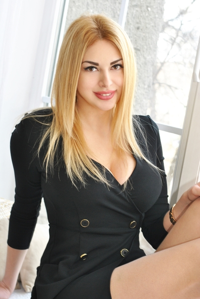 unexcelled Ukrainian femininity from city Kiev Ukraine