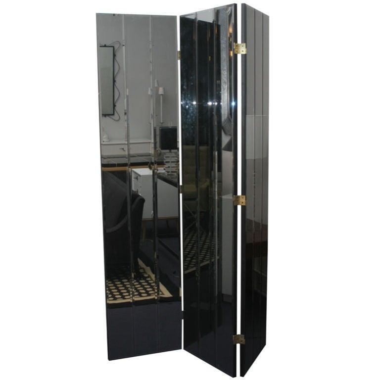 Smokey Mirrored Screen