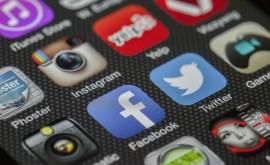 Réseaux sociaux : Une bénédiction ou une malédiction ?