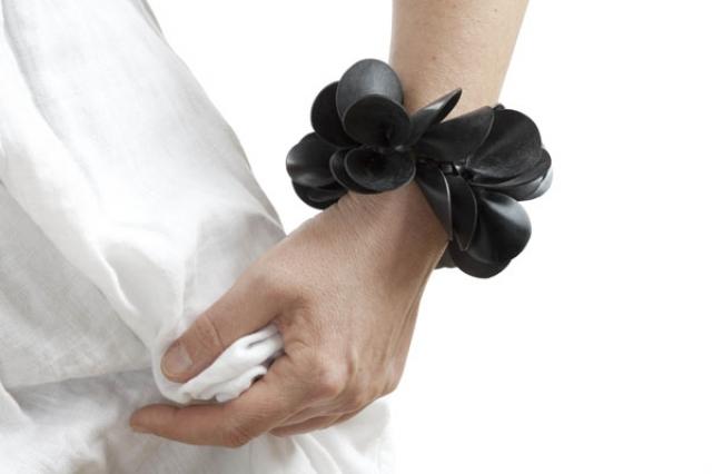 power-flower armbånd