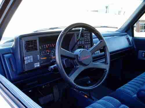Sell Used 1993 Chevrolet Silverado Z71 4x4 Garage